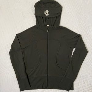 Lululemon dark green scuba hoodie - size 8